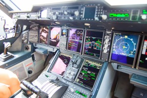 Cockpit de l'Airbus A400M, photo Akiani